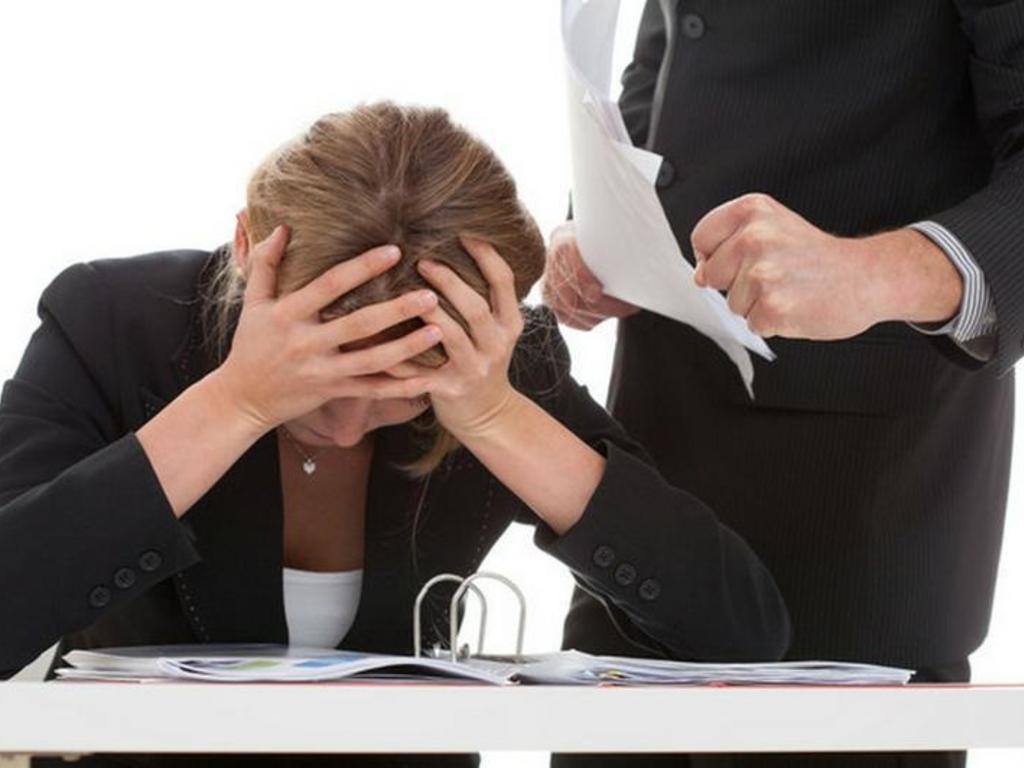 3 de cada 10 mujeres sufren violencia laboral