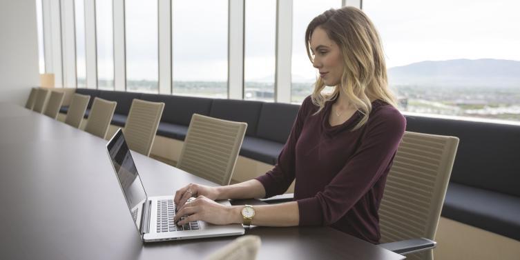 5 cursos en línea para echar a andar tu startup