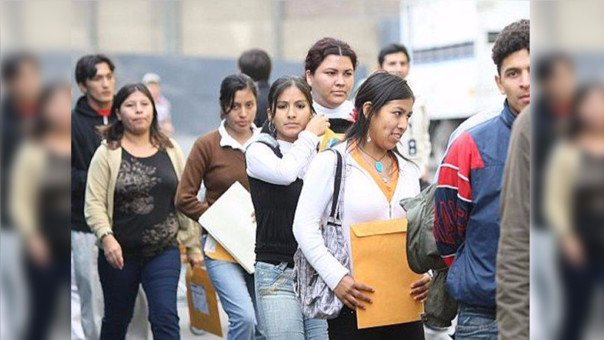 6 de cada 10 jóvenes laboran en la informalidad: INEGI