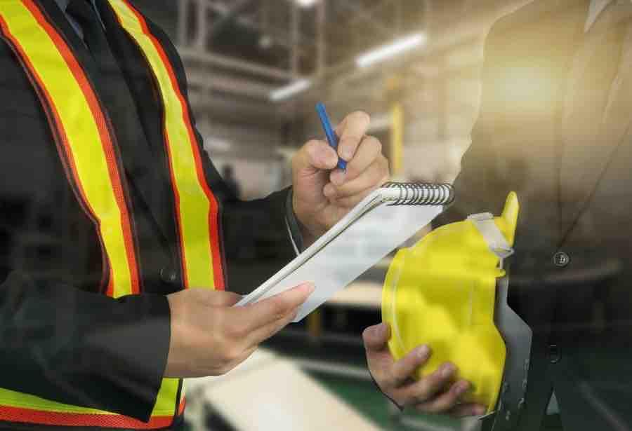 """8 consejos prácticos para que una inspección laboral no te """"agarre en curva"""""""