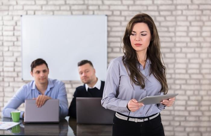 ¿A dónde puedo acudir en caso de acoso en el trabajo?