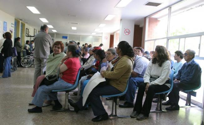 """""""A sacar ficha"""" funcionarios para atención médica al ISSSTE a partir del 1 de enero"""