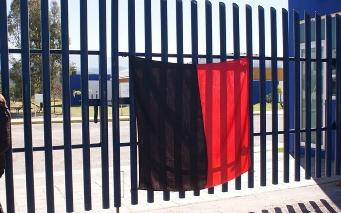 Académicos emplazan a la UAZ a huelga; exigen pago