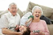 Actitud positiva, receta de salud para los mayores