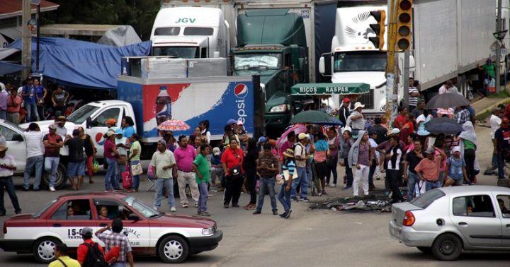 Acuerda CNTE retirar bloqueos en Michoacán
