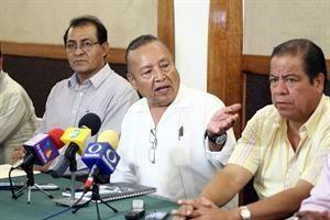 Acusan que CNTE expulsó a los cumplidos