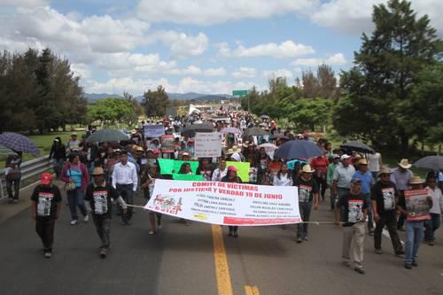 Advierte el SME que permanecerá su plantón indefinido en Bucareli