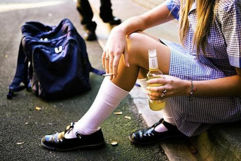 Advierten consumo de alcohol en mujeres