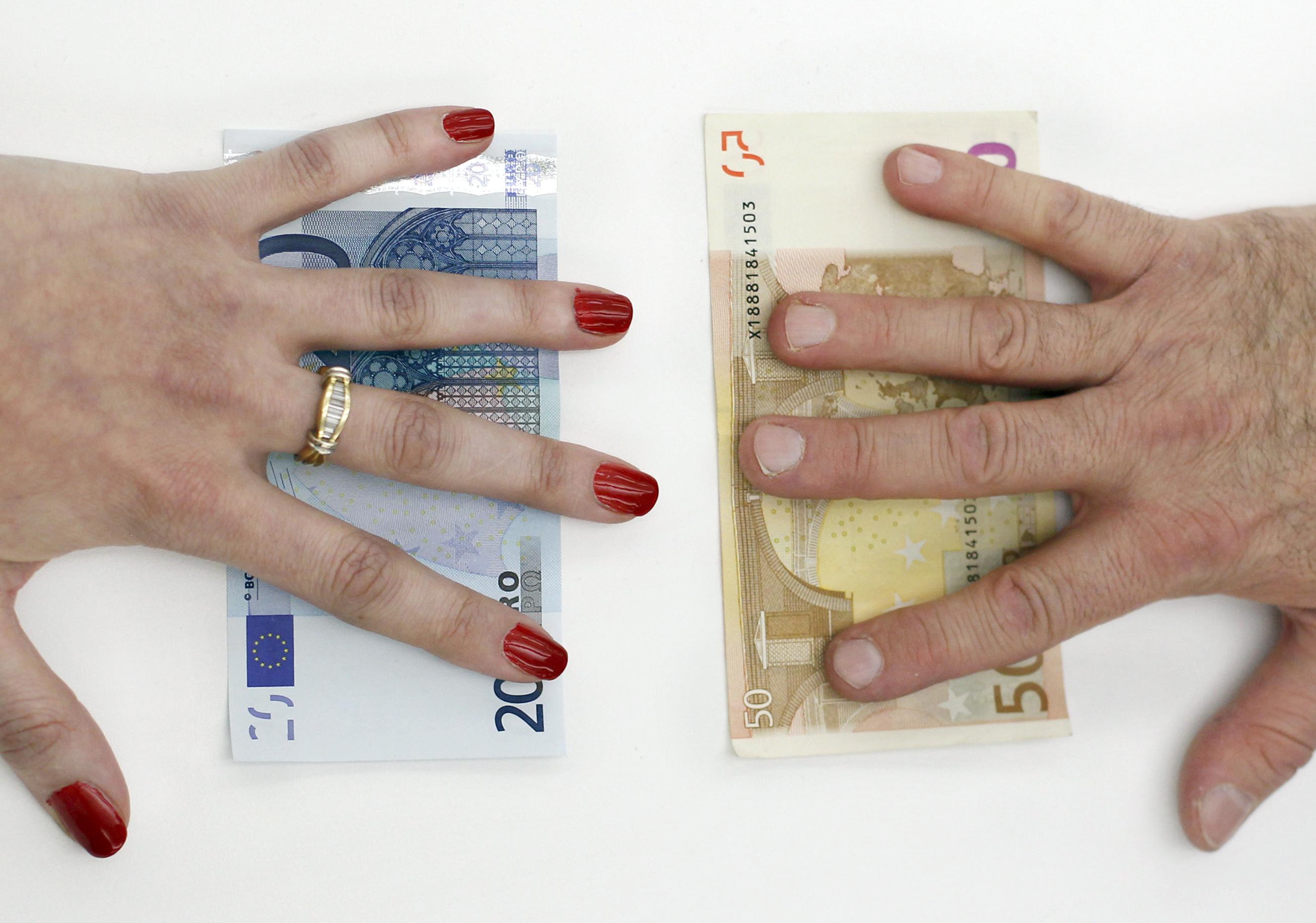 Advierten desigualdad salarial en burocracia