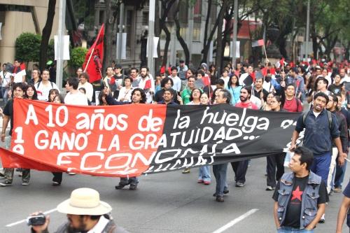 """Advierten """"epidemia de huelgas"""" en México"""