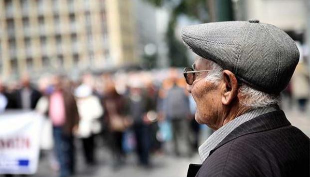 Advierten por elevado gasto en pensiones