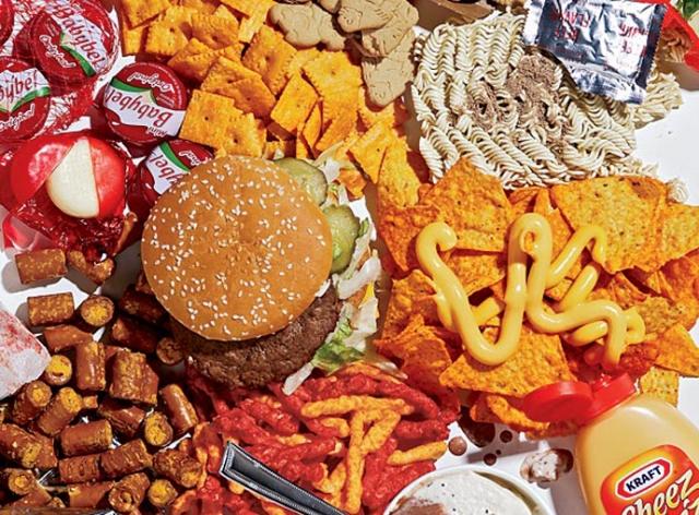 Advierten sobre alimentos que restan años de vida saludable