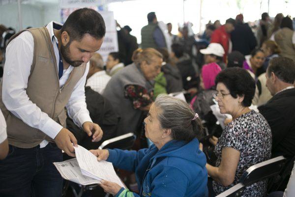 Afina estrategia para incorporar a adultos mayores a mercado laboral