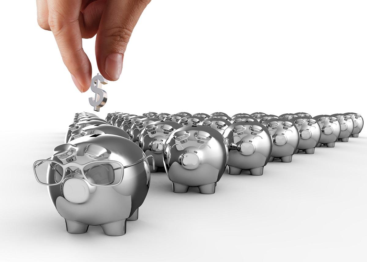 Afores pueden tomar fondos de mayor riesgo para mejores rendimientos: Consar