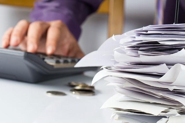 ¡Alégrate! Pagarás menos impuestos en 2018