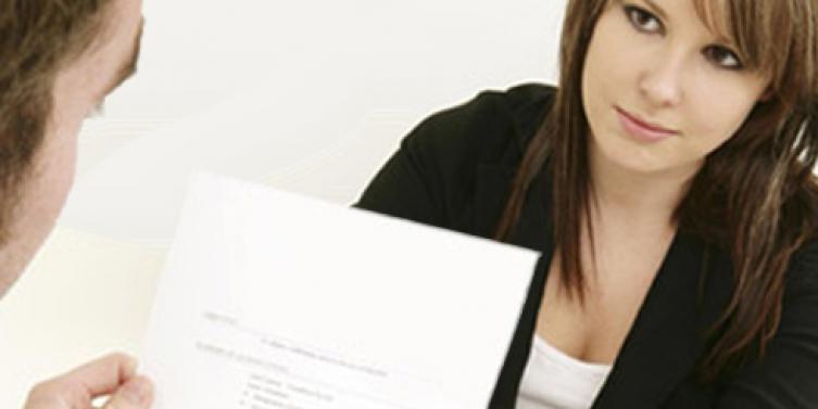 Alertan mentiras en curriculum de aspirantes a trabajo