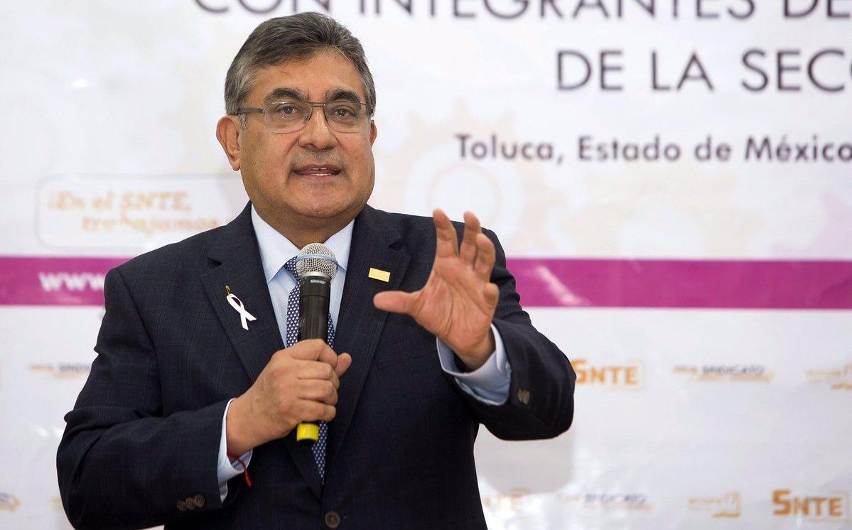 Alfonso Cepeda toma las riendas del SNTE