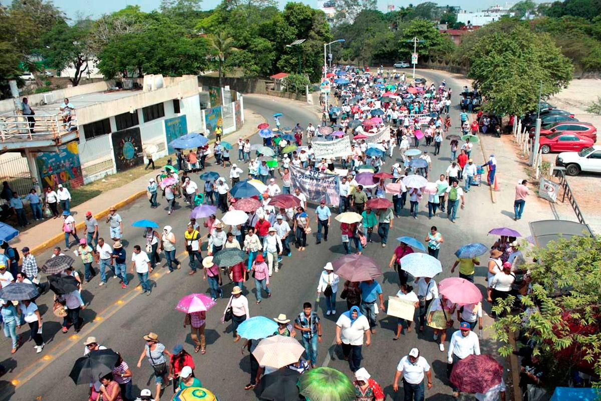 Alistan sindicatos movilizaciones en Villahermosa demandan pagos