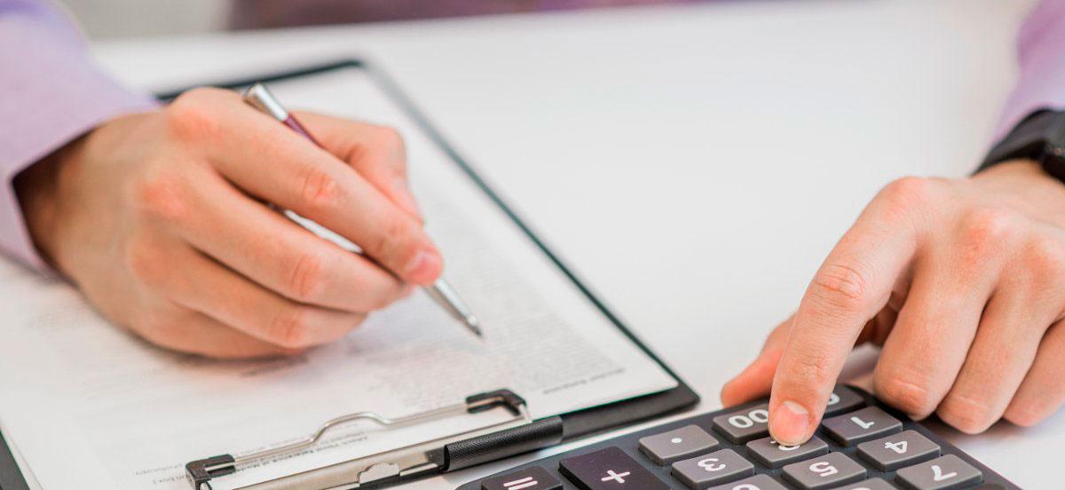 Anuncian reforma a pensiones para subir edad de jubilación