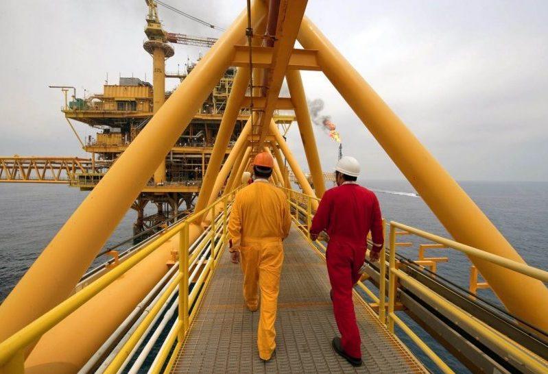 Aplican austeridad para dirigentes petroleros
