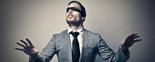 """Aplican empresas """"contratación a ciegas"""" para evitar discriminación"""