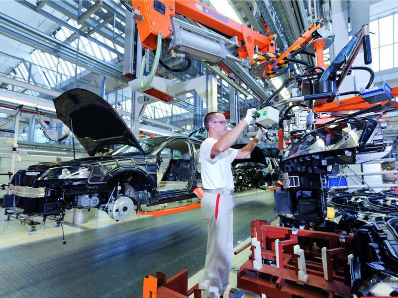 Apuesta VW por capacitación de personal