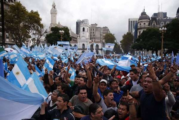 Argentina atraviesa la peor crisis laboral en 10 años