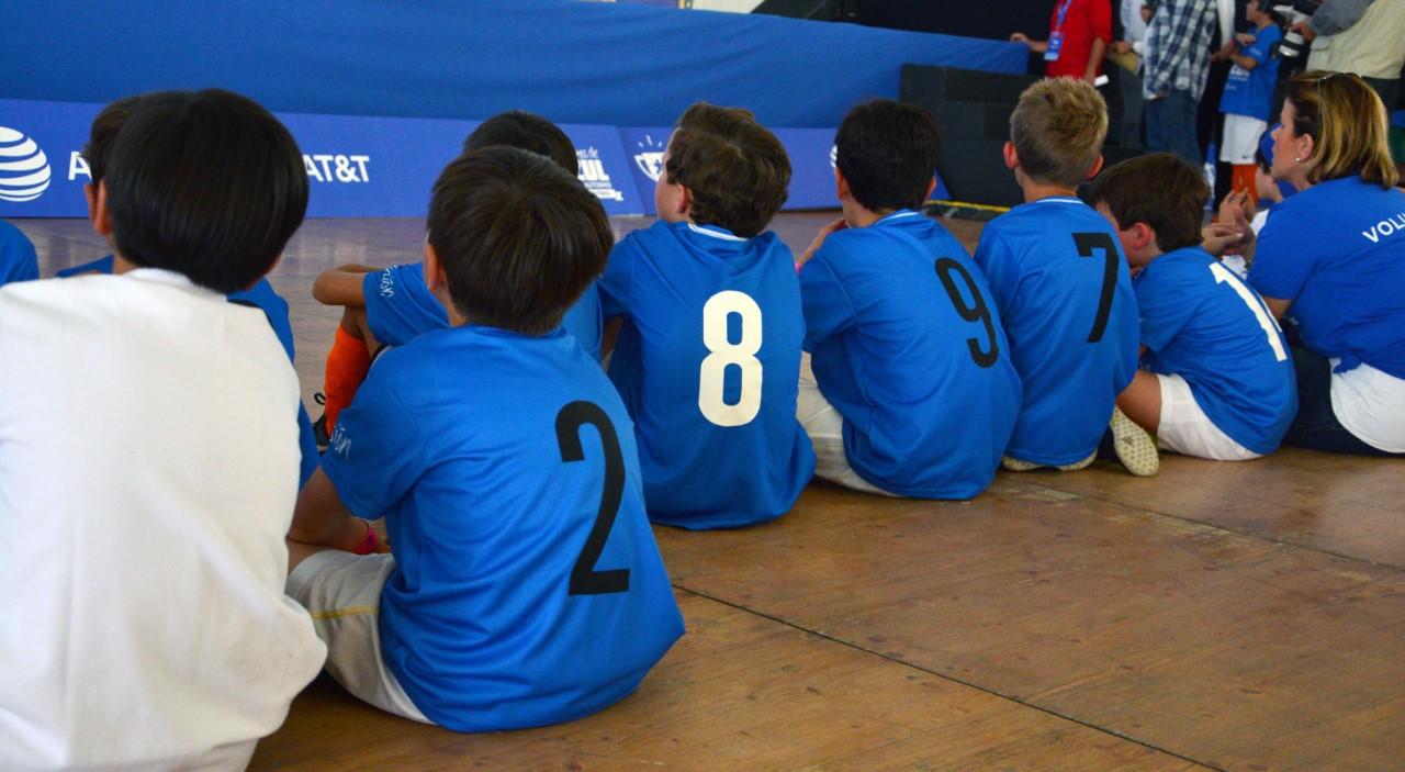 Arranca torneo de futbol por el autismo