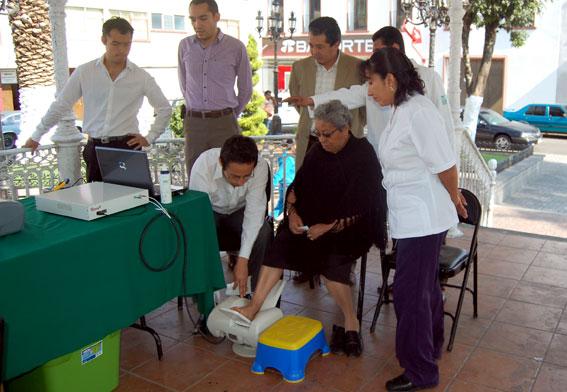 Arrancó en Guanajuato campaña de detección de osteoporosis