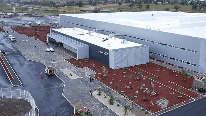 Audi contrata 2,200 mexicanos para su planta en Puebla
