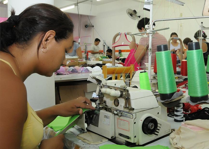 Aumenta empleo en pequeños negocios
