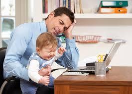 Aumentan papás freelancers