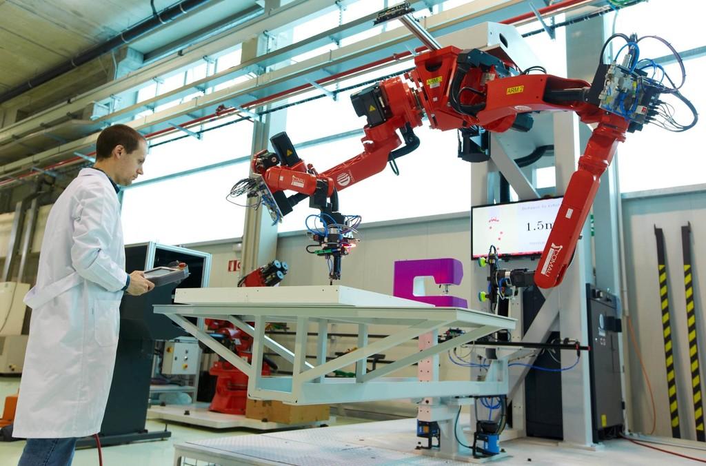Automatización afecta  a empleos desempeñados por profesionistas