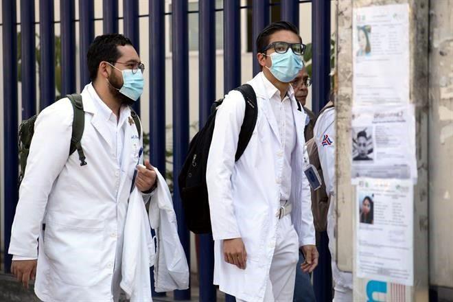 Avala Oaxaca pena de prisión por agredir médicos
