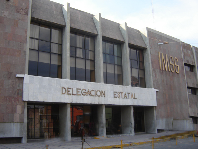 Avanza en IMSS plan para recortar 6,700 plazas