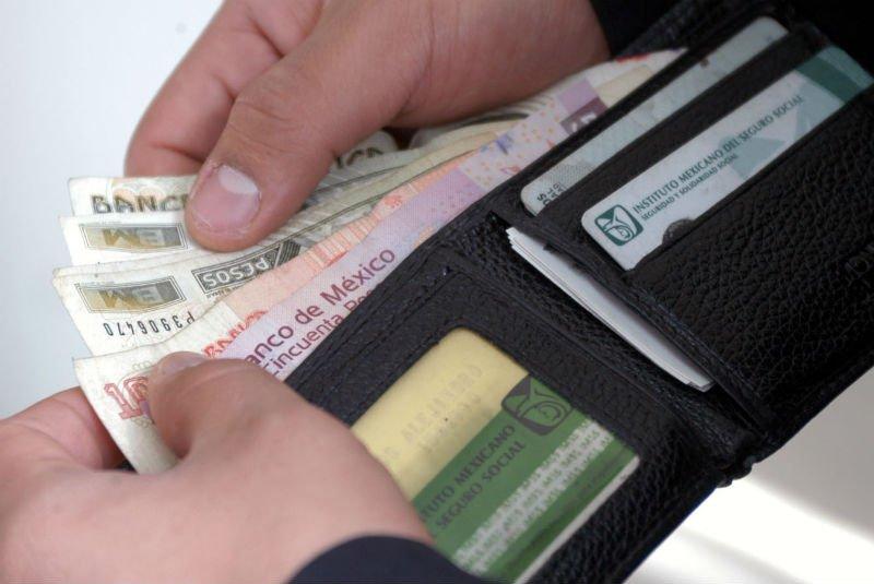 Avanza legislativo en recuperación de salario mínimo