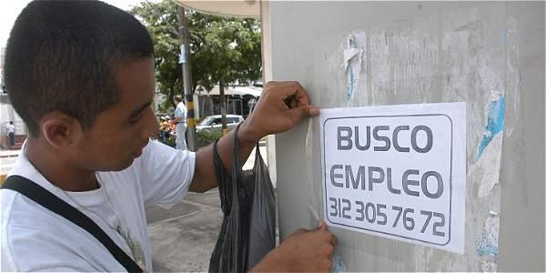 Baja creación de empleo en julio cae 50%: IMSS