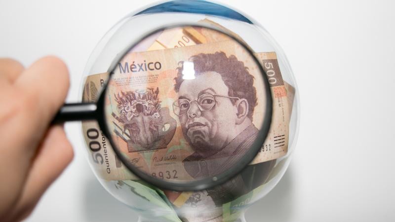 Banxico endurece vigilancia a transferencias financieras de $50,000 o más.