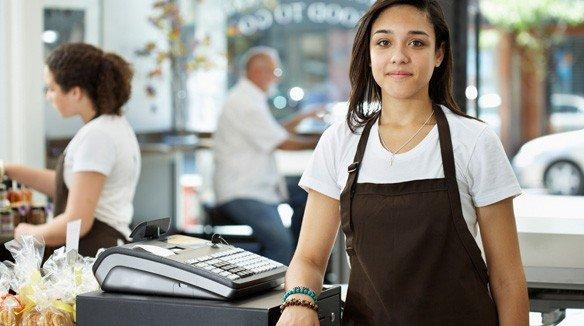 Buscan 5 mil jóvenes empleo en vacaciones