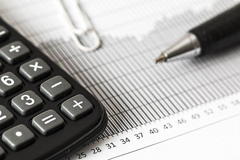 CCE pide poner fin a impuestos al empleo