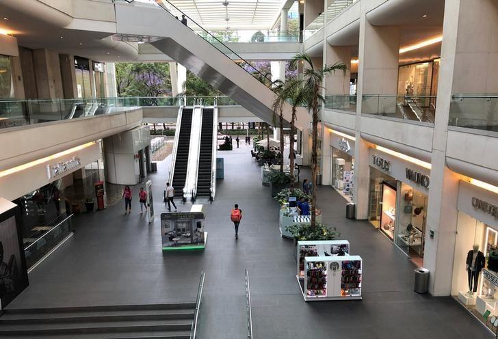 Cerrarán sus puertas hasta 2,500 locales en centros comerciales