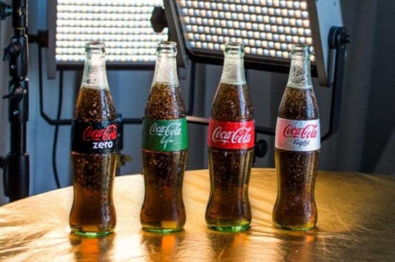 Coca Coca moderniza su imagen