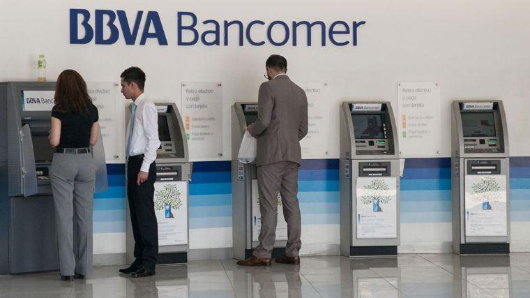 Cofece presenta áreas de oportunidad en el sector financiero