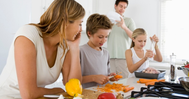 ¿Cómo influye el estilo de vida familiar en la salud?