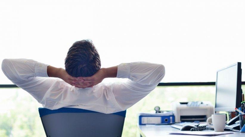 Cómo trabajar sin juntas, oficinas y jefes