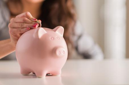 Con cada año que pase, tu Afore te dará menos dinero