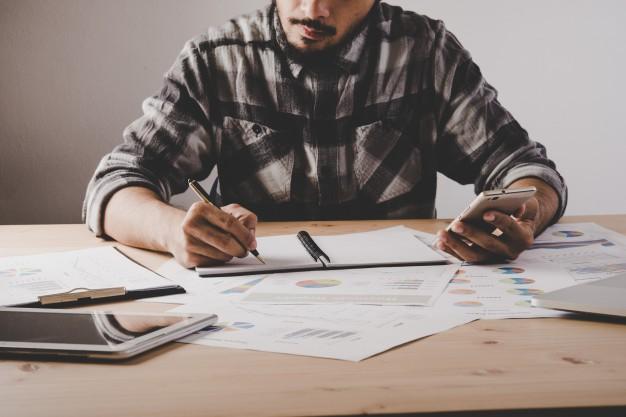 ¿Conoces los sectores mejor pagados en niveles directivos y mayor potencial de crecimiento?