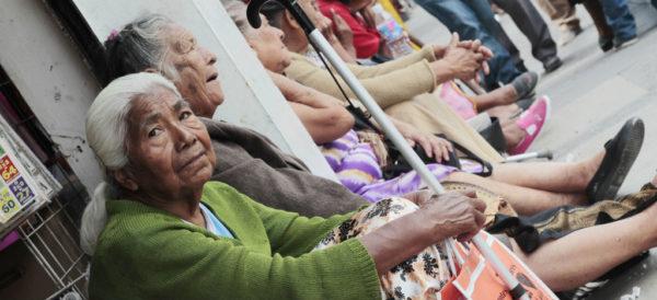 Consar propone Pensión Universal Complementaria para adultos mayores