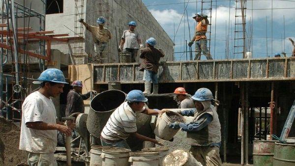 Construcción pierde 62 mil plazas en 4 años