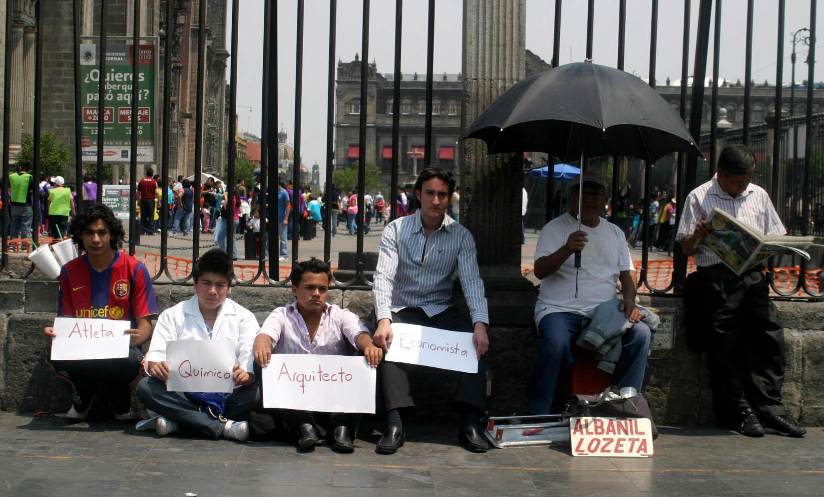 Consumidores mexicanos temen inflación y desempleo con AMLO